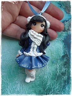 süße winter dolly als Deko Hänger  von Marions Traumlädchen auf DaWanda.com