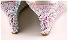 How-to Apply Swarovski Crystal / Rhinestone onto Shoes (Heels, Wedges)