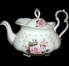 Royal Albert - Marie Louise EST late 1960s to 1970s