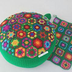 Ve Sonuç ❤ #handmade #knittingofinstagram #crochetaddict #häkeln #virka #fashion #design #hekling #örgü #motif #tığişi #craft #puf #like4like #crochet #crochetaddict #crochet #hobby #colorful #art #craftstherapy #crochetofinstagram #grannysquare #green #iyiakşamlar