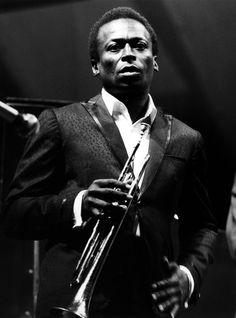 David Redfern, British Photographer of Jazz and Pop, Dies at 78 - NYTimes.com