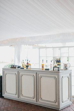 gray + white Greek key bar   Shannon Michelle #wedding