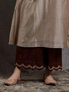 Off White Embroidered Chanderi Silk Kurta Kurta Designs Women, Salwar Designs, Kurti Designs Party Wear, Blouse Designs, Neckline Designs, Blouse Patterns, Pakistani Fashion Casual, Pakistani Dresses Casual, Pakistani Dress Design