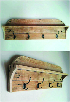 To have a comfortable sort of clothing arrangement in the room, grabbing the involvement of the wood pallet coat rack piece is the outstanding idea for you. This coat rack is much designed in the placement of the pallet planks stacking of simple versions. Wooden Pallet Projects, Wooden Pallet Furniture, Wooden Pallets, Pallet Wood, Pallet Patio, Simple Wood Projects, Small Wooden Projects, Outdoor Furniture, Pallet Coat Racks