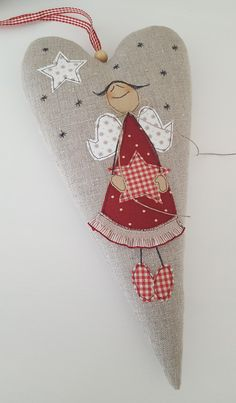 Grosses Herz mit Engelchen - eine zauberhafte Deko für die Wand, Fenster oder Tür.  -mit langem Aufhängeband, das je nach Belieben gekürzt werden kann  Größe 30 x 15 cm   Copyright...
