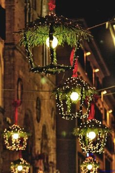 Awesome 47 Christmas Lights Outdoor Ideas #exteriorchristmaslights