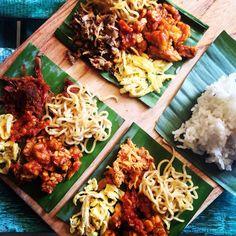 Bali most favorite dish | easy n lite | sego kucing | nasi Jinggo | chicken, beef n fish shredded