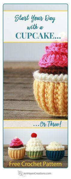 Rosette Swirl Crochet Cupcake | A Free Pattern by Jen Hayes Creations #crochet #freecrochet #freecrochetpattern