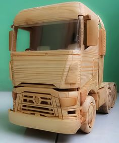 A Wooden Toys RENAULT Tractor Head Woodworking School, Woodworking For Kids, Woodworking Toys, Diy Wood Counters, Toothpick Crafts, Wooden Toy Trucks, Wood Games, Wood Cutting, Wood Toys