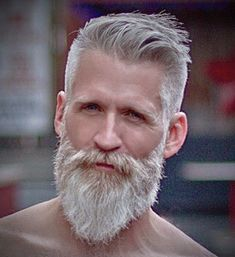 Fine 2020 Men'S Hairstyles With Beard in Men Hairstyles For Your Hair Older Men Haircuts, Mens Hairstyles With Beard, Barba Grande, Beard Tips, Beard Haircut, Grey Beards, Beard Look, Beard Model, Short Beard