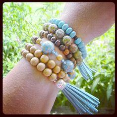 DIY stacked bohemian bracelet tutorial up on the blog today from guest blogger, Brooke Bock! Link in bio. #DIYjewelry #bohemian