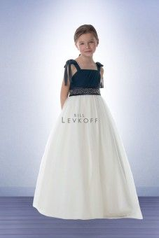 Looking for a flower girl or junior bridesmaid dress that matches with the bridal party? Find cute flower girl and junior bridesmaid dresses at Perfect Bridal. Junior Bridesmaid Dresses, Wedding Dresses, Discount Flowers, Favorite Color, Dream Wedding, Girl Fashion, Tulle, Wedding Inspiration, Flower Girl Dresses