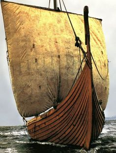 The great sea expeditions of the Viking Age - The basis of the great sea expeditions undertaken by the Vikings was ship technology. The Viking ship was a piece of high technology based upon hundreds of years of development and experience. It was distingui Viking Life, Viking Art, Viking Warrior, Viking People, Old Sailing Ships, Germanic Tribes, Viking Culture, Vegvisir, Norse Mythology