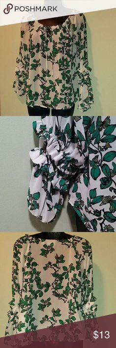Feminine Lovely Blouse 100% Polyester.. Very good condition.. Perfect for summer Eva Mendes Tops Blouses