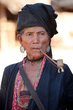 -foto in Shan, door: ejfovermaat Akhu women