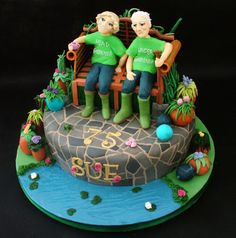 Green Fingers Cake by RosieCakeDiva Beautiful Cakes, Amazing Cakes, Anniversary Cake Designs, Family Cake, Mom Cake, Garden Cakes, Cake Pictures, Cake Pics, Themed Cupcakes