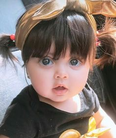 posted on Sep 24 2018 Cute Kids Pics, Cute Baby Girl Pictures, Cute Little Baby, Baby Love, Cute Baby Girl Wallpaper, Cute Babies Photography, Baby Girl Halloween, Cute Baby Videos, Dad Baby