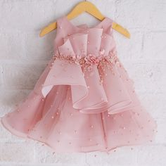 Baby cute dress kids fashion 19 ideas for 2019 Baby Girl Party Dresses, Dresses Kids Girl, Cute Dresses, Kids Outfits, Baby Outfits, Little Girl Gowns, Gowns For Girls, Baby Girl Fashion, Kids Fashion