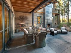 HGTV Dream Home 2014 : Outdoor Kitchen Pictures