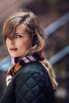 ❤ Damen Schals ❤ Sie wärmen uns in kalten Tagen, sehen dazu noch tool aus und passen zu fast allen Looks. Der Schal als Accessoire gehört schon immer zu uns Frauen.                  » Gefunden auf Jeans-Meile