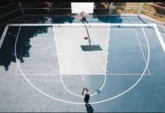Top view of a basketball court | Image source: unsplash.com