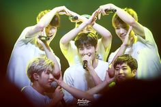 ASTRO - now that's how you make a group heart
