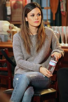 Rachel Bilson, i´ve loved her since I first saw her in The O.C, she is so pretty and has such a great style.
