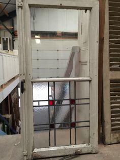nr. gl133 raam waarvan de helft glas in lood