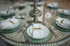 Casamento romântico: sousplats de vidro