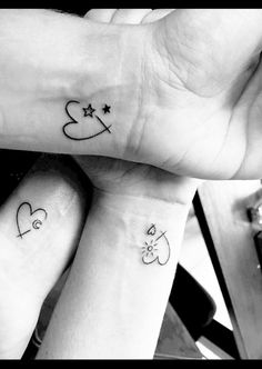 Lifestyle Tadaaa our sisters tattoo! Habe es Jan in Rotterdam… Lifestyle Tadaaa our sisters tattoo! Got Jan tattooed in Rotterdam. Mini Tattoos, Sister Tattoos, Little Tattoos, Body Art Tattoos, Small Tattoos, 3 Friend Tattoos, Hp Tattoo, Tattoo Moon, Tattoo Flash