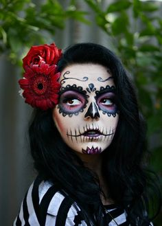 Giorgiana Pasniciuc Barbie Halloween, Halloween Make Up, Halloween Face Makeup, Sugar Skull Girl, Sugar Skull Makeup, Dead Makeup, Makeup Art, Fantasy Make Up, Fantasias Halloween