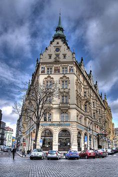 Hotel de Pariz in Stare Mesto, Prague, Czech Republic Places To Travel, Places To See, Places Around The World, Around The Worlds, Prague Czech Republic, Heart Of Europe, Prague Castle, Paris Hotels, Central Europe