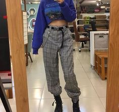 Fashion Grunge Shoes Outfit 38 New Ideas Hipster Outfits, Grunge Outfits, Grunge Fashion, Look Fashion, 90s Fashion, Korean Fashion, Casual Outfits, Fashion Outfits, Fashion Trends