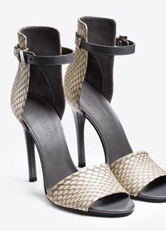 Women's Footwear   Vince