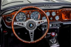 Triumph TR250 dashboard