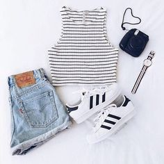 Adidas, mode et image de la tenue - simple outfits - Teenage Girl Outfits, Cute Outfits For School, Cute Casual Outfits, Teen Fashion Outfits, Teenager Outfits, Swag Outfits, Cute Summer Outfits, Simple Outfits, Outfits For Teens