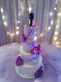 purple wedding cake Reception Ideas, Wedding Reception, Our Wedding, Dream Wedding, Wedding Ideas, Bling Cakes, Purple Cakes, Unique Cakes, Sweet Cakes