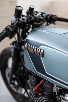 Yamaha Café Racer-The Foundry Mc. Motos Yamaha, Yamaha Bikes, Cafe Racer Motorcycle, Moto Bike, Bmw Scrambler, Suzuki Cafe Racer, Cafe Racing, Cafe Bike, Motorcycle Art