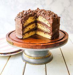 Yellow Cake Chocolate Frosting, Chocolate Frosting Recipes, Chocolate Butter, Chocolate Cake, Cake Recipe No Milk, Yellow Birthday Cakes, Yellow Cakes, Best Birthday Cake Recipe, Birthday Cakes