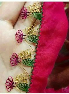 This Pin was discovered by Gül Needle Tatting, Needle Lace, Needle And Thread, Embroidery Stitches, Hand Embroidery, Embroidery Designs, Hairpin Lace, Crochet Needles, Bargello