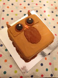 Owl cake made at berry sweet classes