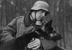 WWII-B-W-Photo-German-Soldier-Shepherd-Dog-WW2-2053