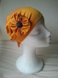 pañuelo turbante en seda salvaje con flor. Mas en natalialuzentupelo.blogspot.com.es