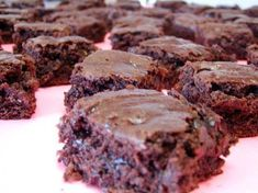Ingredients: 1 (4 ounce) packages instant chocolate pudding mix milk, amount as indicated in pudding directions 1 (18 ounce) boxes chocolate cake mix 2 cups semi-sweet chocolate chips confectioners…