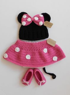Baby Minnie Mouse Hat Diaper and Shoes Set by handmadebychhunneang, $49.95