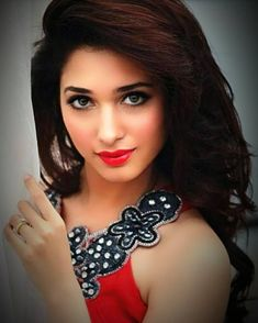 Tamanah so beautiful and sexy Beautiful Girl Indian, Most Beautiful Indian Actress, Beautiful Women, Beautiful Bollywood Actress, Beautiful Actresses, Hot Actresses, Indian Princess, Stylish Girl Pic, Bollywood Celebrities