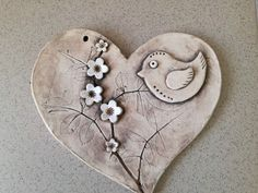 Most recent Free of Charge Air dry Clay magnets Popular Ερωτας Ceramics Projects, Polymer Clay Projects, Polymer Clay Jewelry, Ceramic Pottery, Pottery Art, Ceramic Art, Slab Pottery, Clay Wall Art, Clay Art