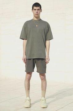 YEEZY season 6 Yeezy Collection, Yeezy Season 6, Yeezy Fashion, Yeezy By Kanye West, Classic T Shirts, Sportswear, Sporty, Seasons, Boys