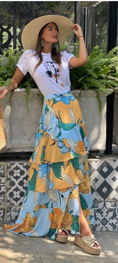 Hijab Fashion, Fashion Dresses, Long Skirt Fashion, Daily Dress, 2 Piece Outfits, Skirt Outfits, Casual Looks, Summer Outfits, Clothes For Women