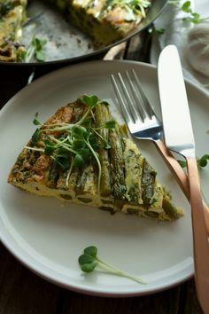 Grüne Spargel-Frittata low-carb